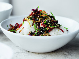 thai sticky rice with crispy ginger thb